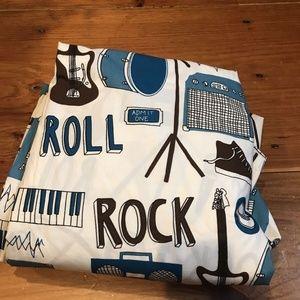 "LAND OF NOD ""Rock + Roll"" Full/Queen Duvet Cover"